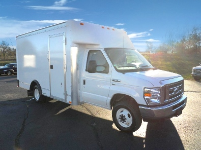 Ford Cutaway | Route Trucks For Sale - Fedex Trucks For Sale